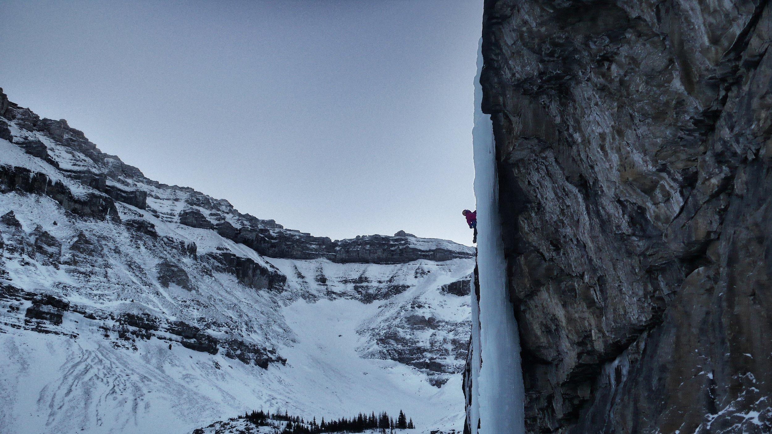 Matthias Scherer on Killer Pillar, Stanley Headwall, Canada - picture Tanja Schmitt