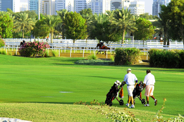 horse-and-golf.jpg