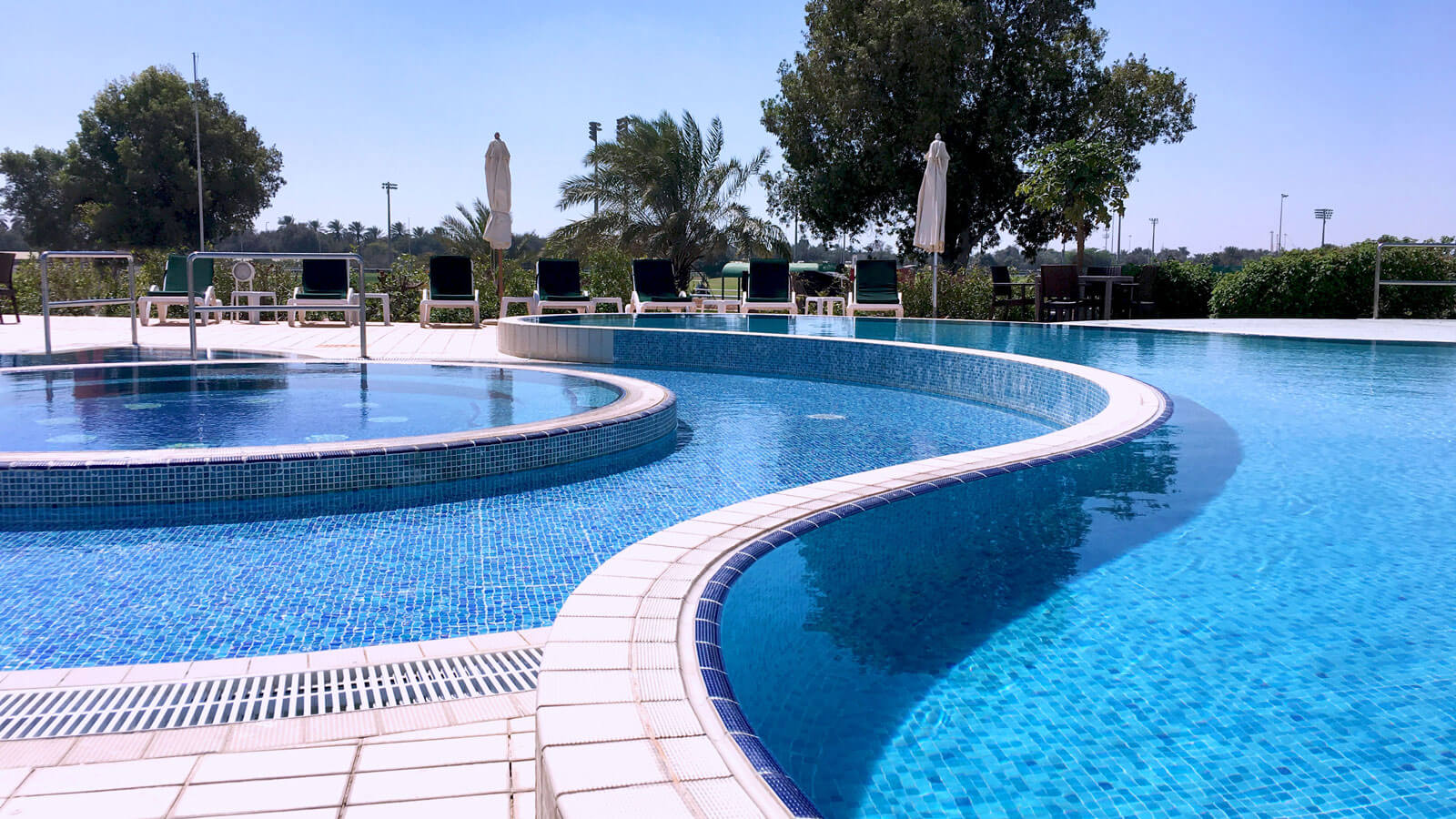 pool-2-abu-dhabi-city-golf-club.jpg