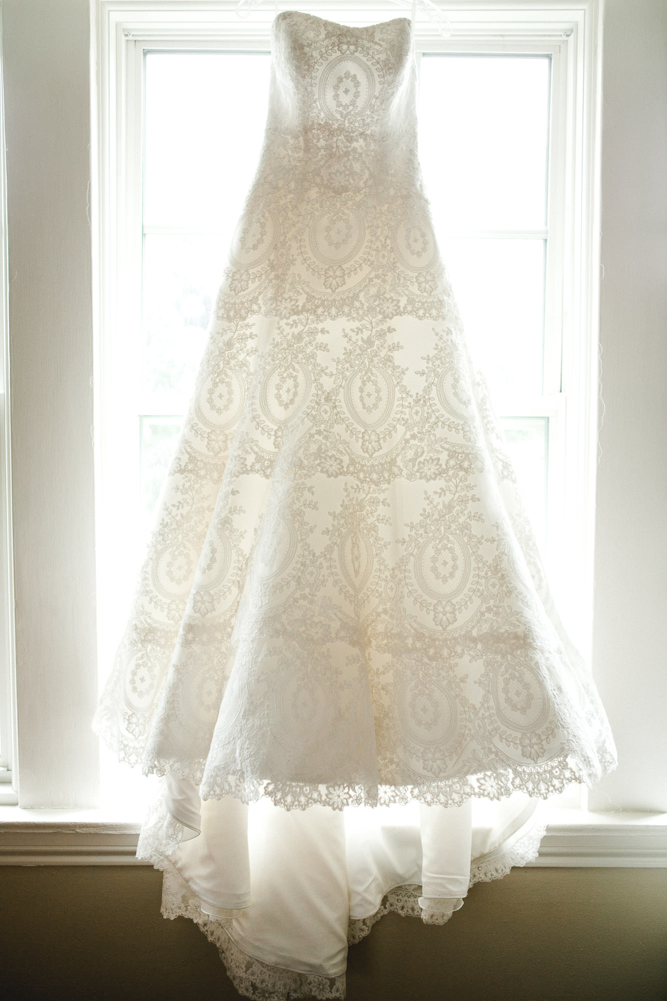 addie-michael-dallas-arboretum-weddings0006.jpg