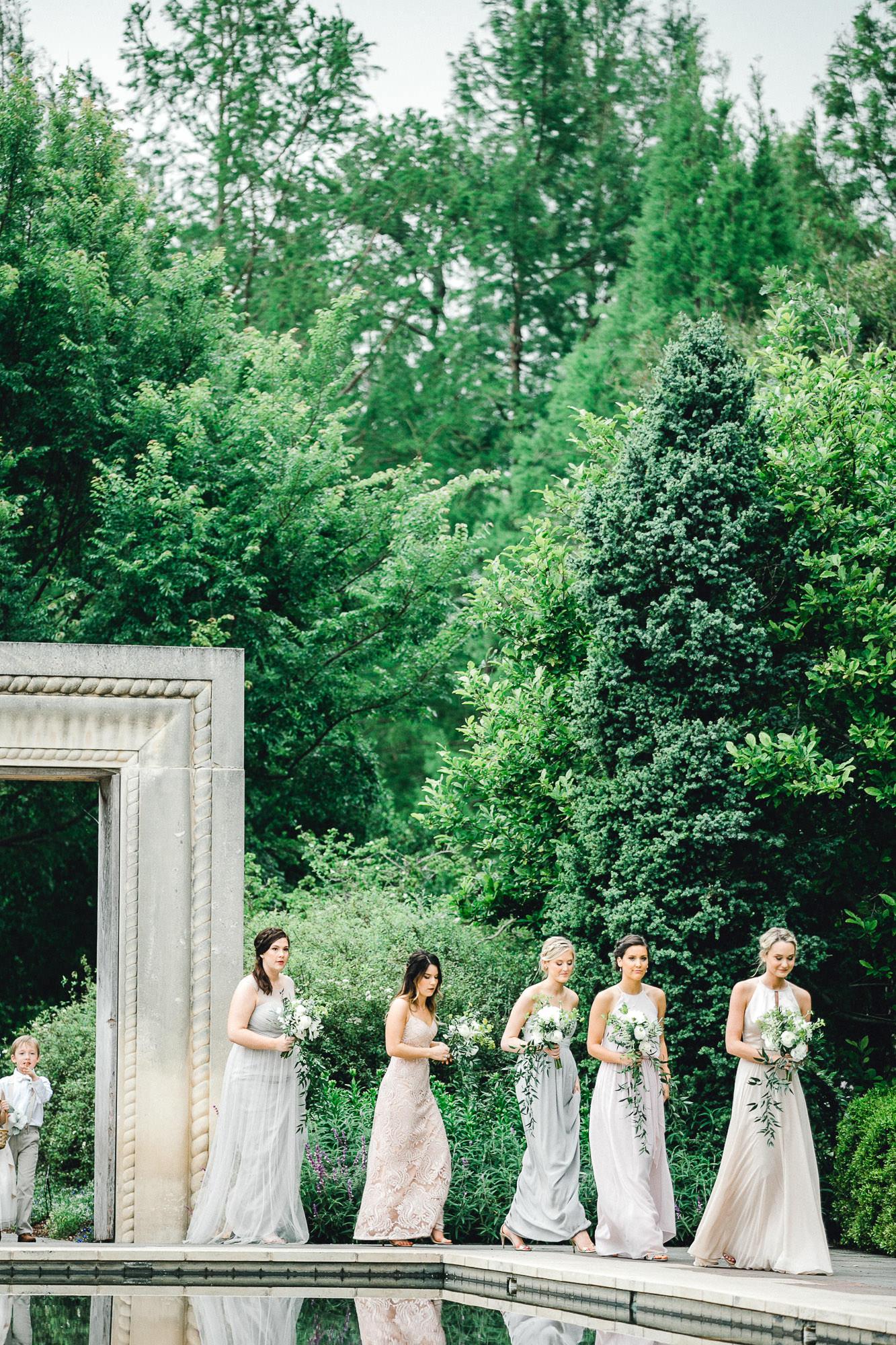 addie-michael-dallas-arboretum-weddings0067.jpg