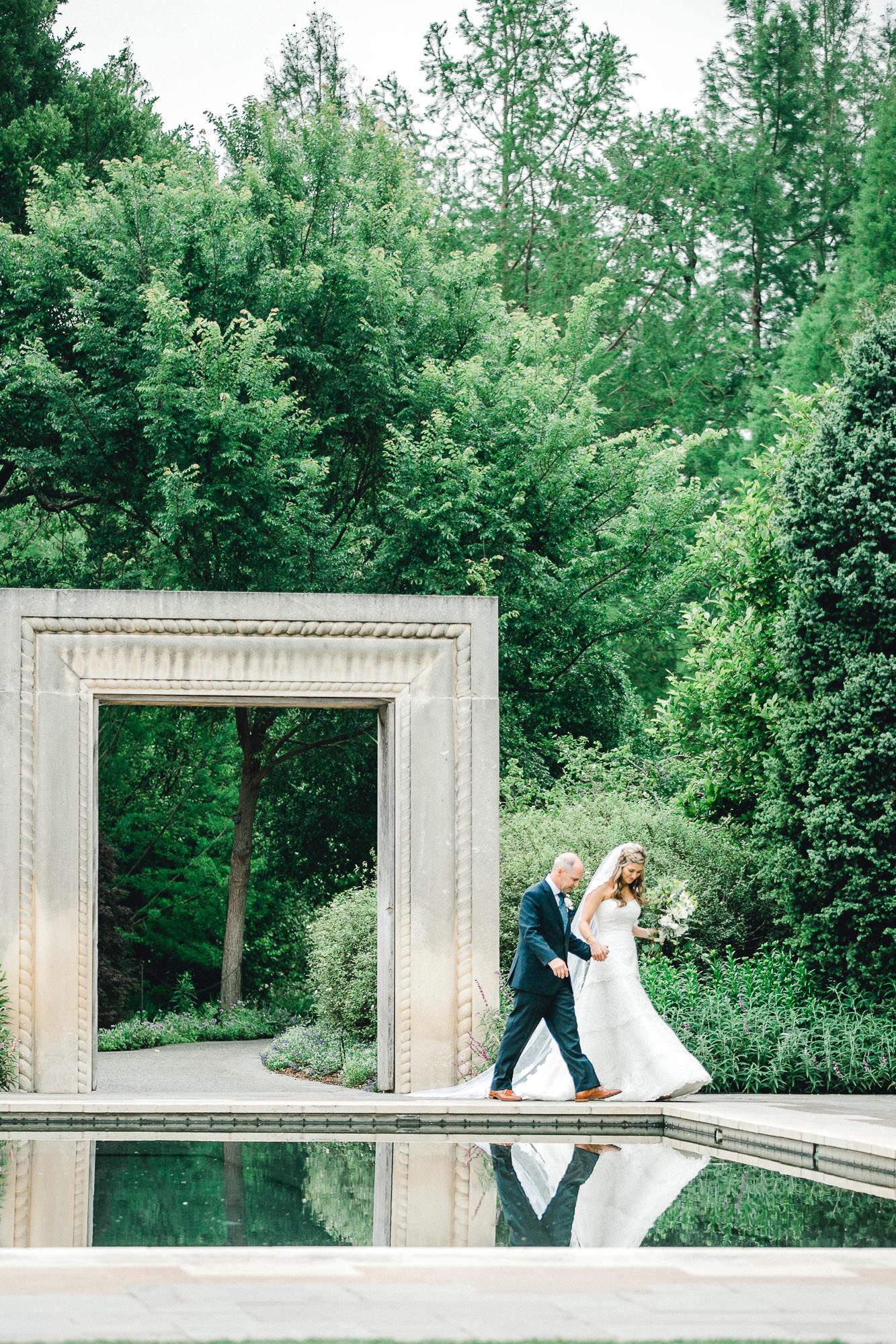 addie-michael-dallas-arboretum-weddings0069.jpg