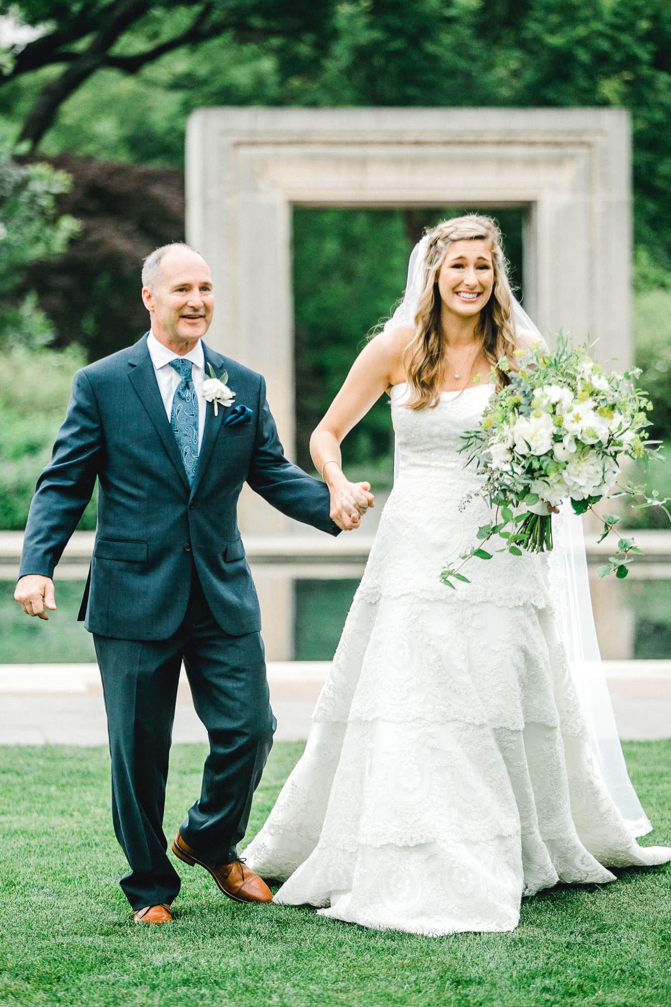 addie-michael-dallas-arboretum-weddings0071.jpg