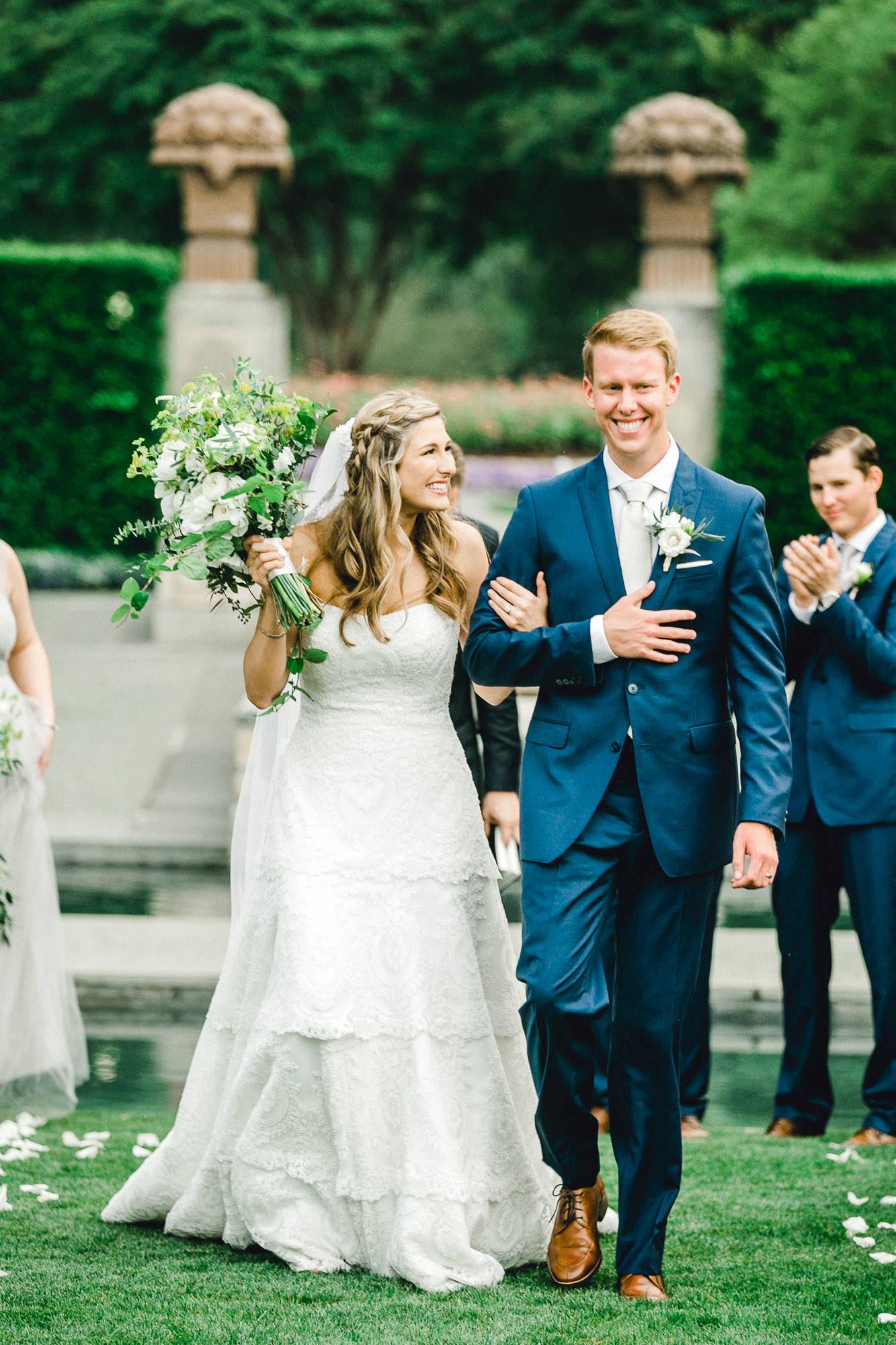 addie-michael-dallas-arboretum-weddings0096.jpg