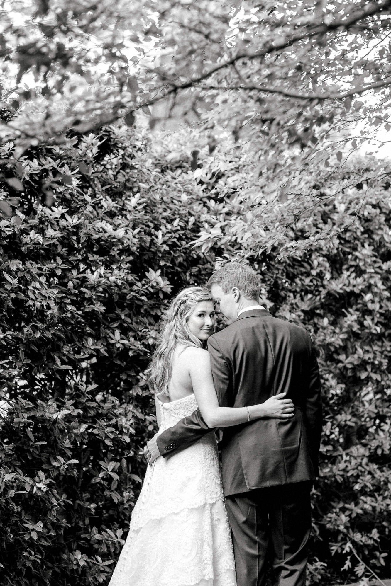 addie-michael-dallas-arboretum-weddings0059.jpg