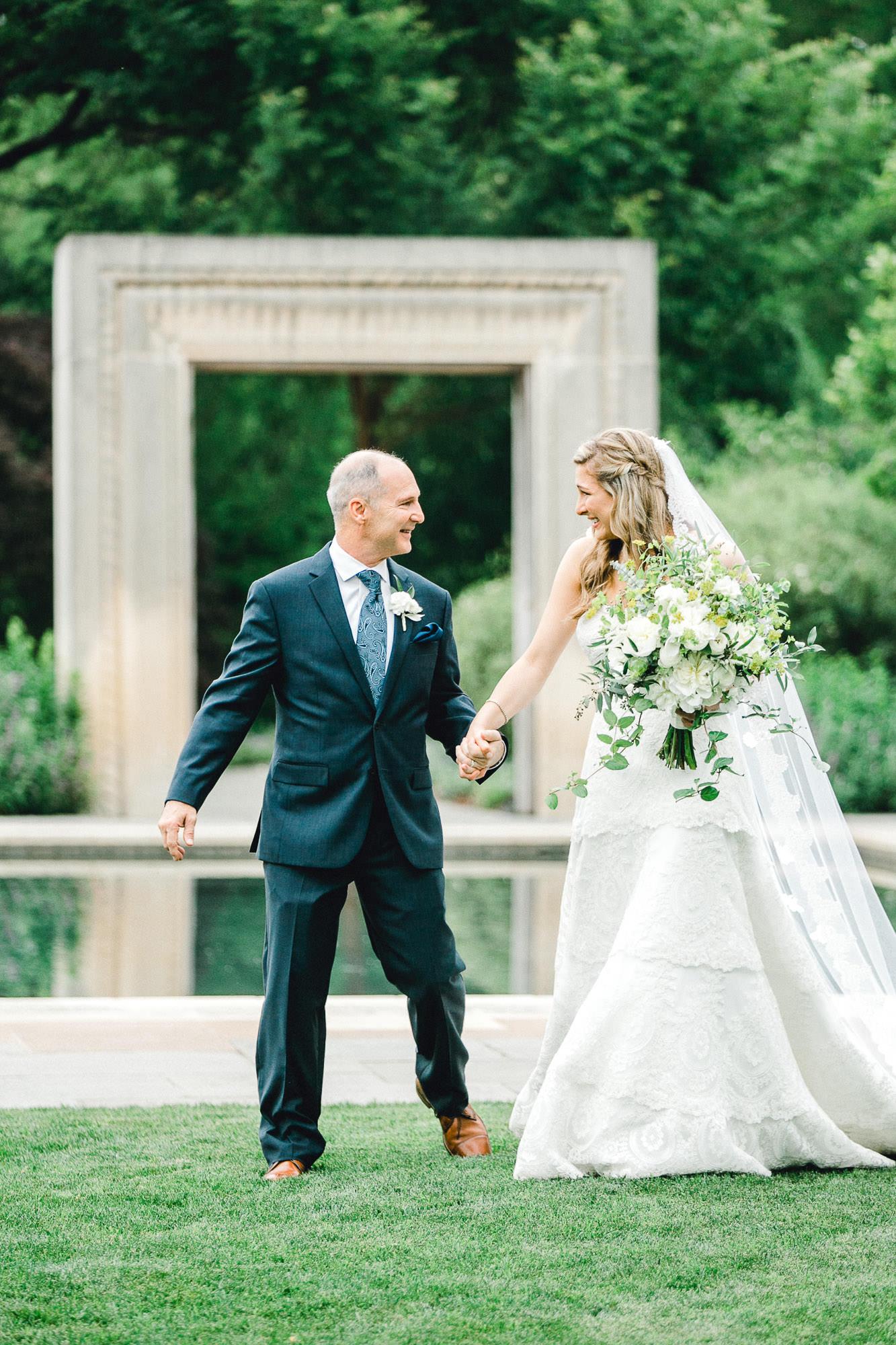 addie-michael-dallas-arboretum-weddings0070.jpg