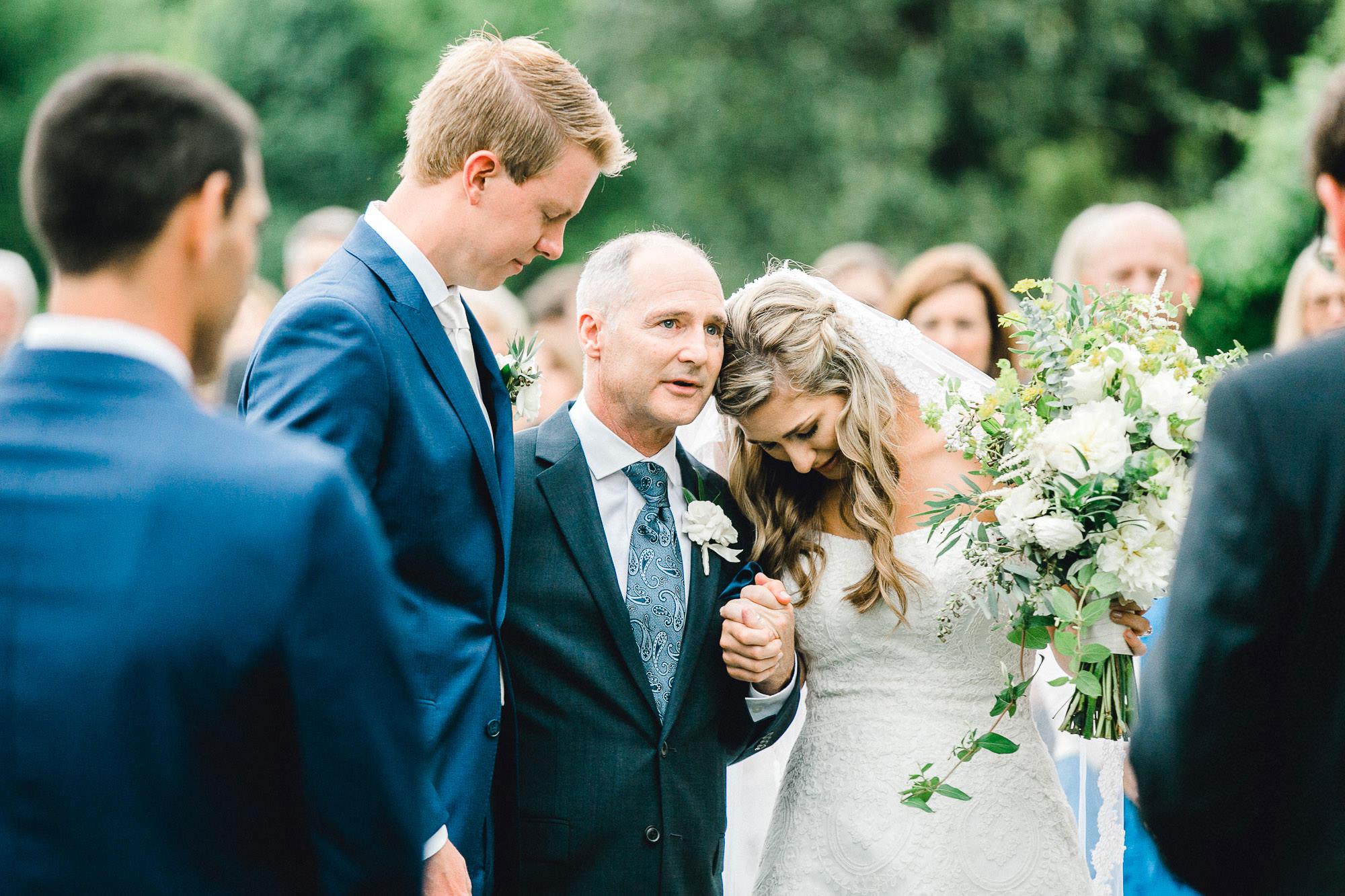 addie-michael-dallas-arboretum-weddings0073.jpg