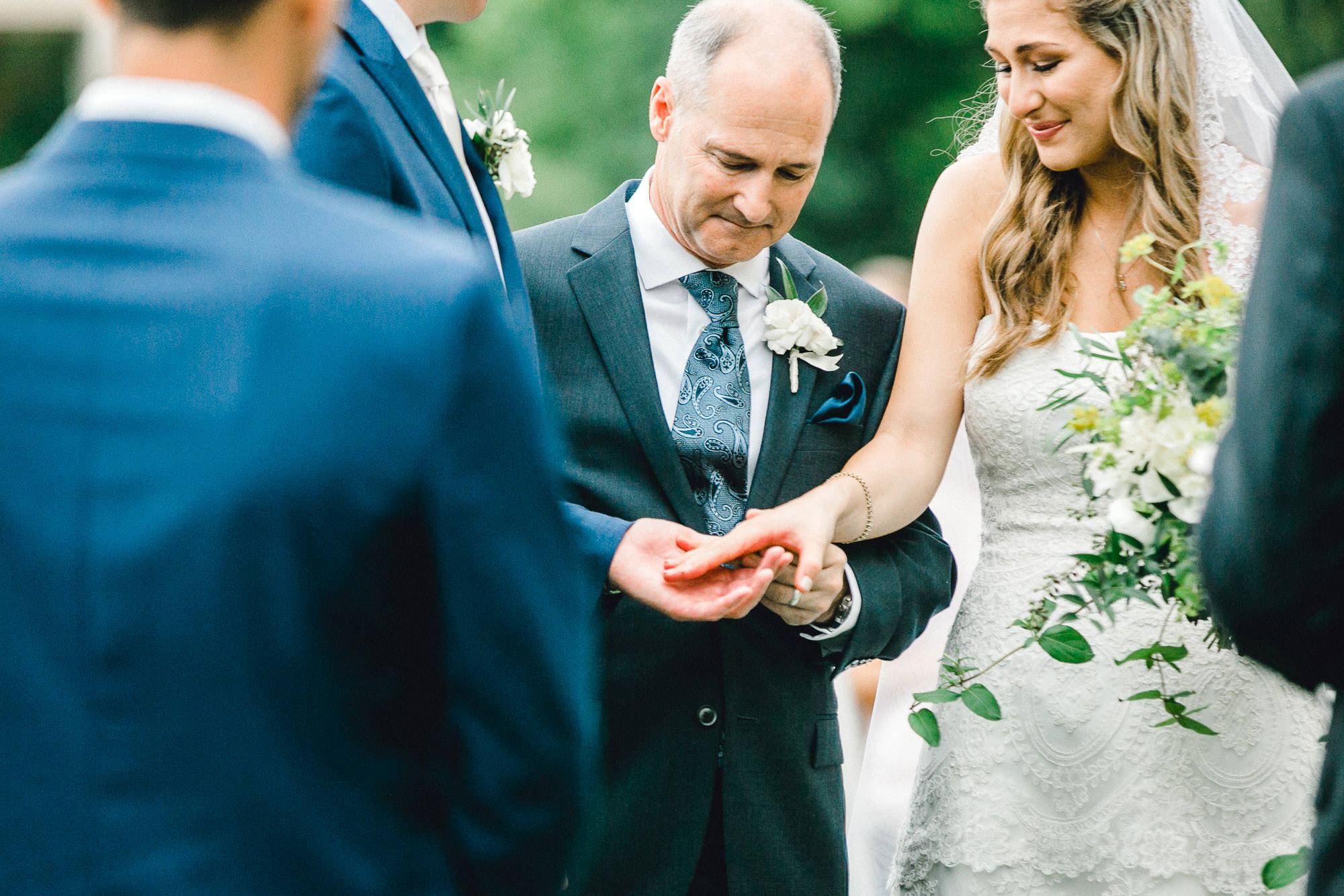 addie-michael-dallas-arboretum-weddings0084.jpg