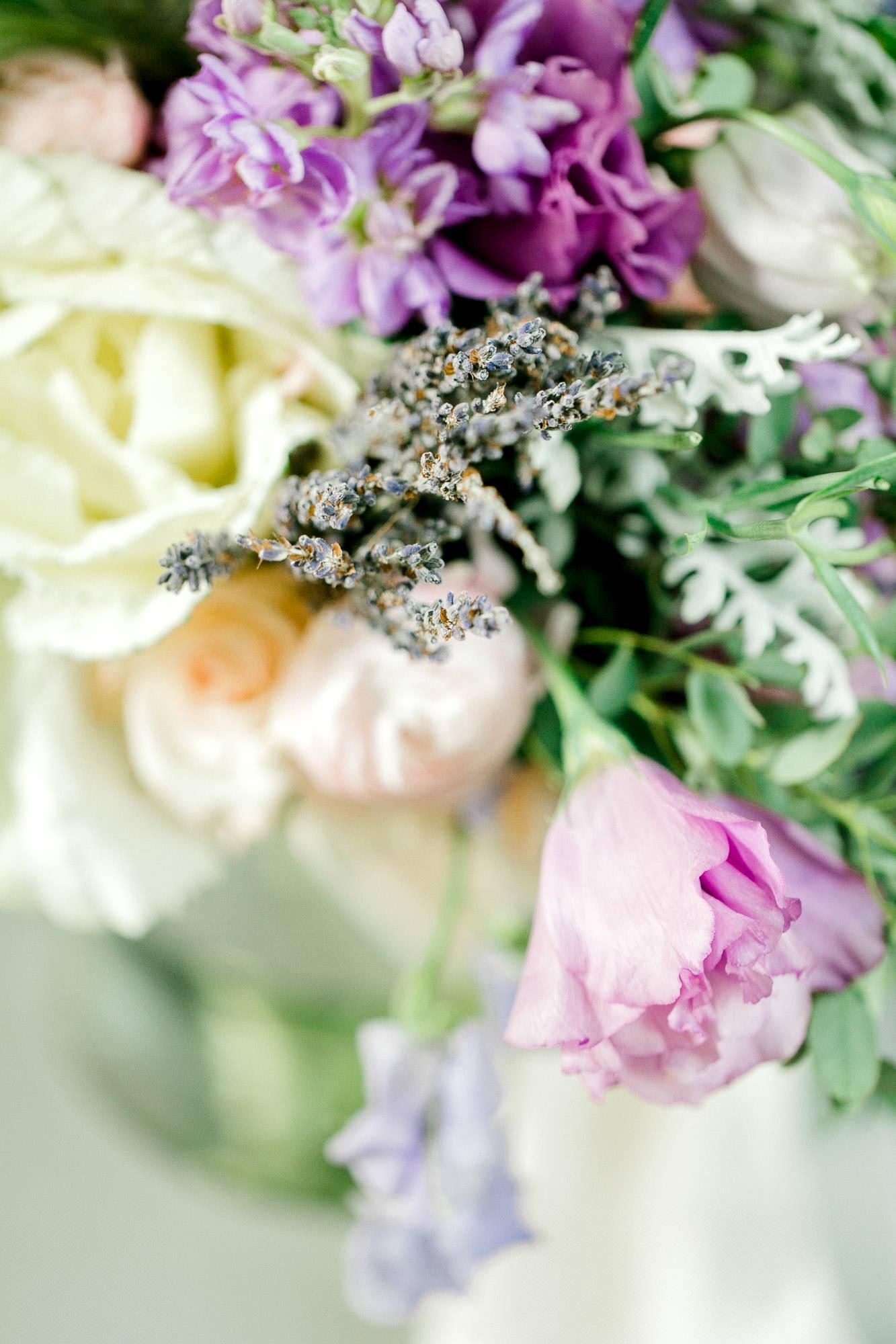 alexis-joel-laury-lubbock-weddingphotographer-alleej0003.jpg