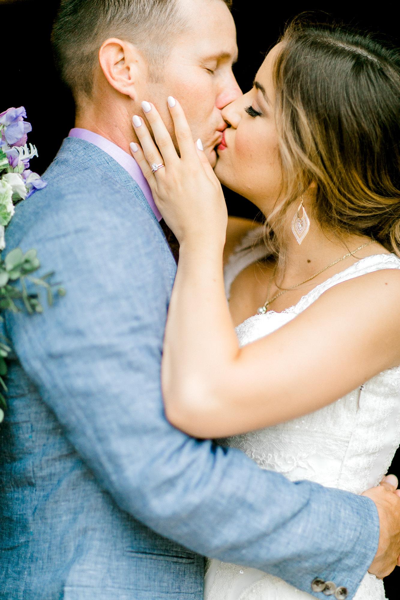 alexis-joel-laury-lubbock-weddingphotographer-alleej0032.jpg
