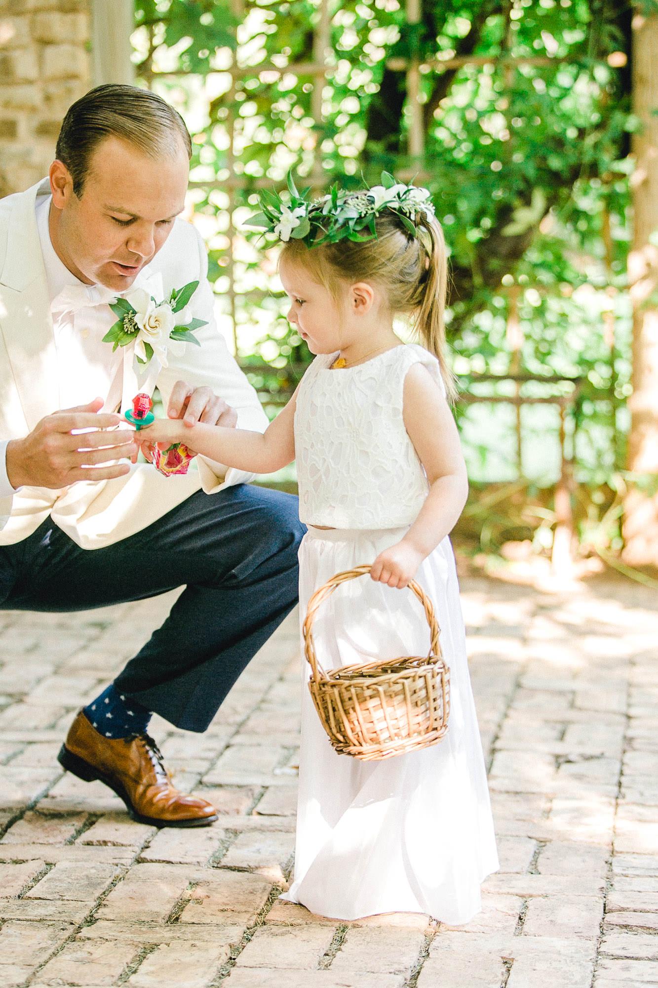 ali-brandon-hamilton-lubbock-wedding-photographer-estate-lee-lewis-construction-bee-alleej_0054.jpg