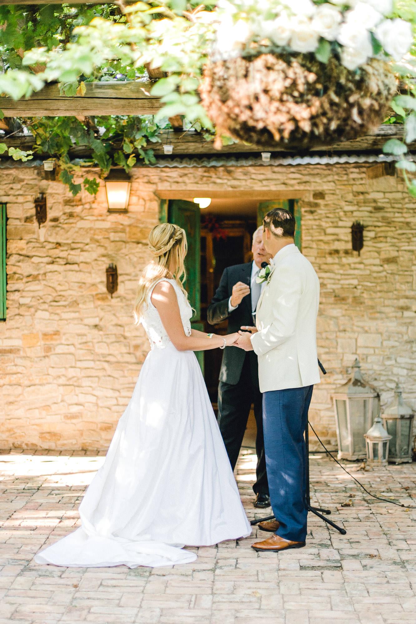 ali-brandon-hamilton-lubbock-wedding-photographer-estate-lee-lewis-construction-bee-alleej_0062.jpg