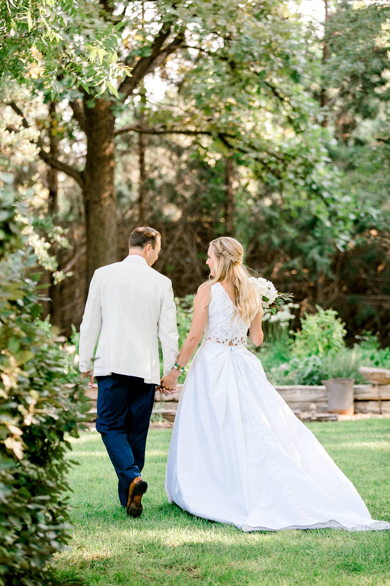 ali-brandon-hamilton-lubbock-wedding-photographer-estate-lee-lewis-construction-bee-alleej_0066.jpg