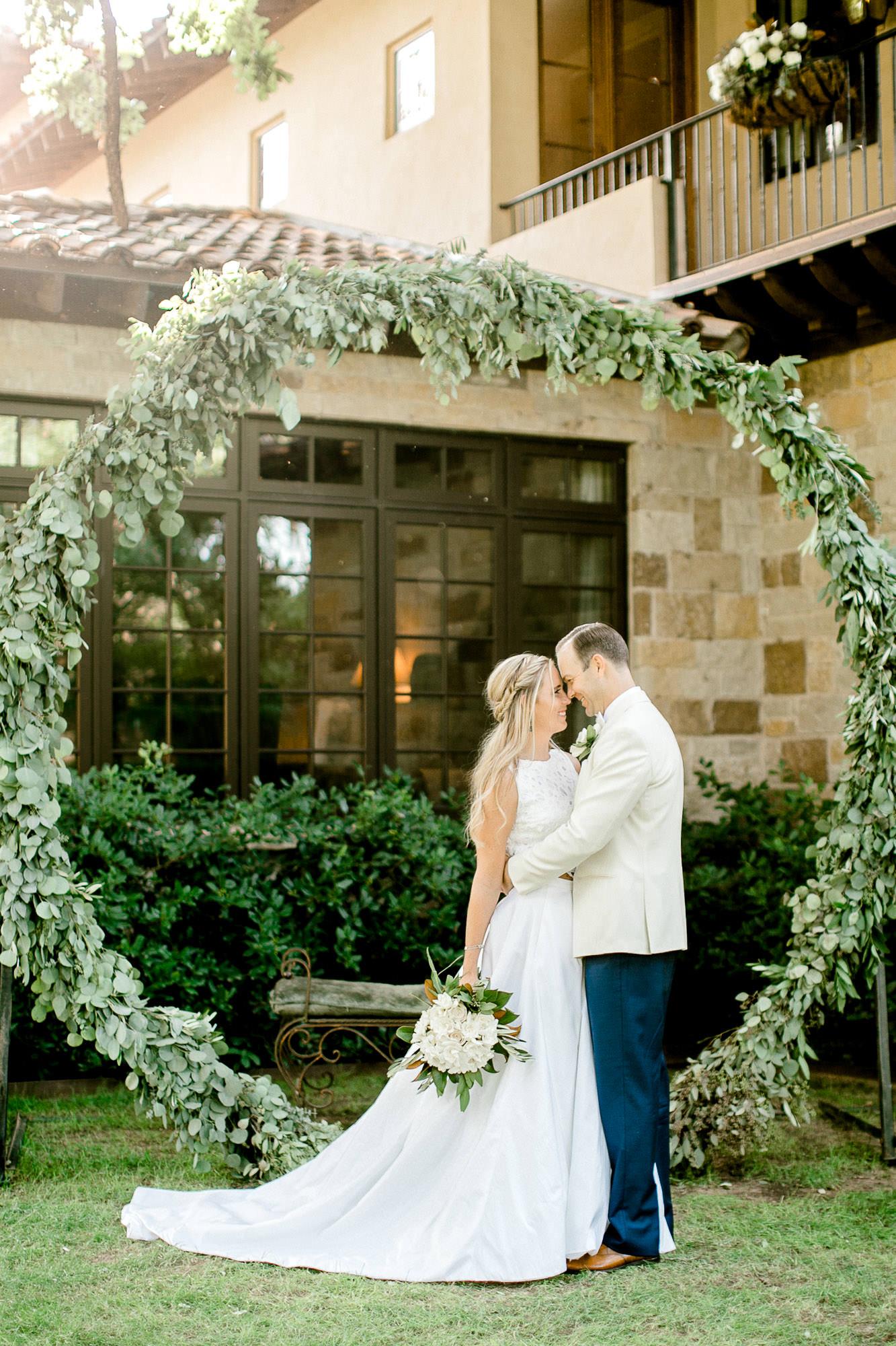 ali-brandon-hamilton-lubbock-wedding-photographer-estate-lee-lewis-construction-bee-alleej_0098.jpg