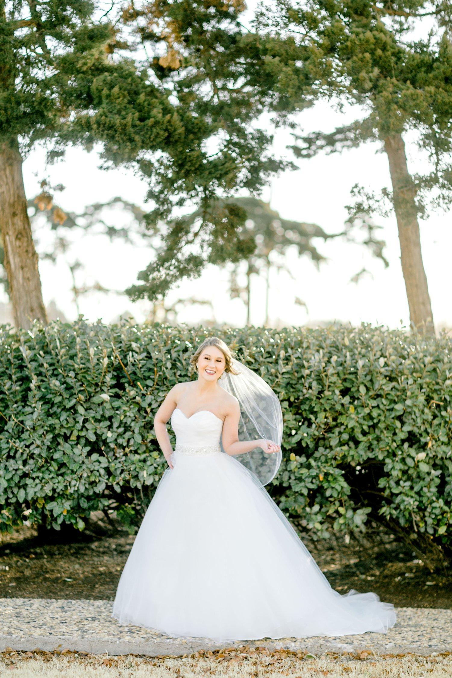 Kaila-cox-bridals-lubbock-photographer0016.jpg