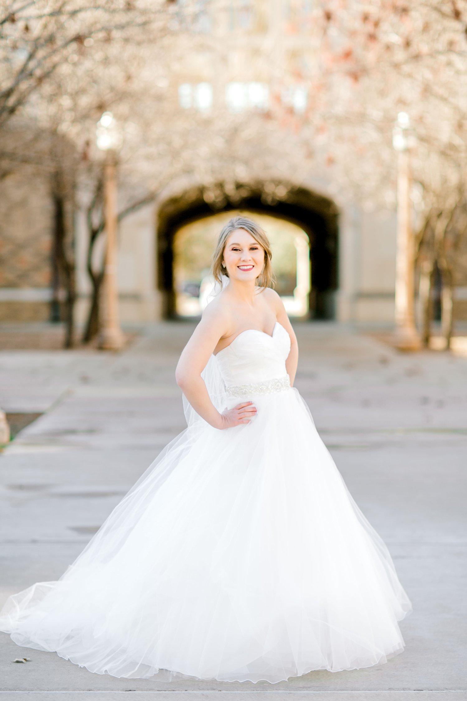 Kaila-cox-bridals-lubbock-photographer0030.jpg