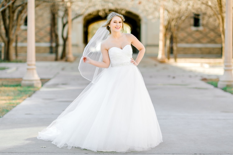 Kaila-cox-bridals-lubbock-photographer0032.jpg