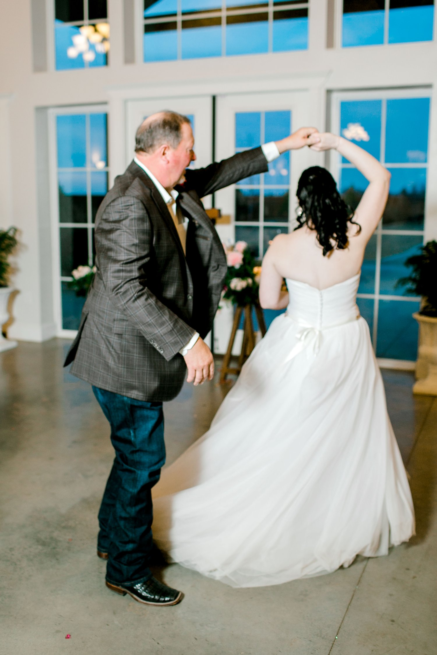 Autumn-Oaks-Events-Morgan-Andy-Lane-Wedding-Lubbock-Photography__0098.jpg
