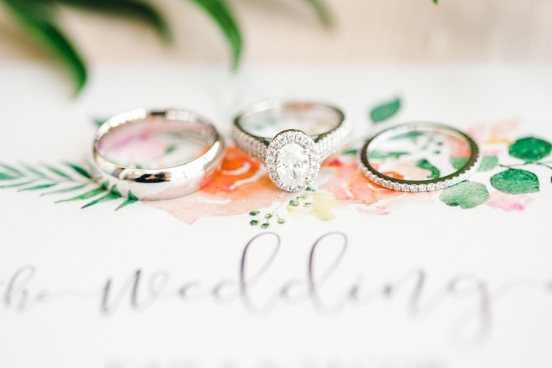 kayla-jacob-dow-cotton-creek-barn-lubbock-wedding-photographer-alleej0008.jpg