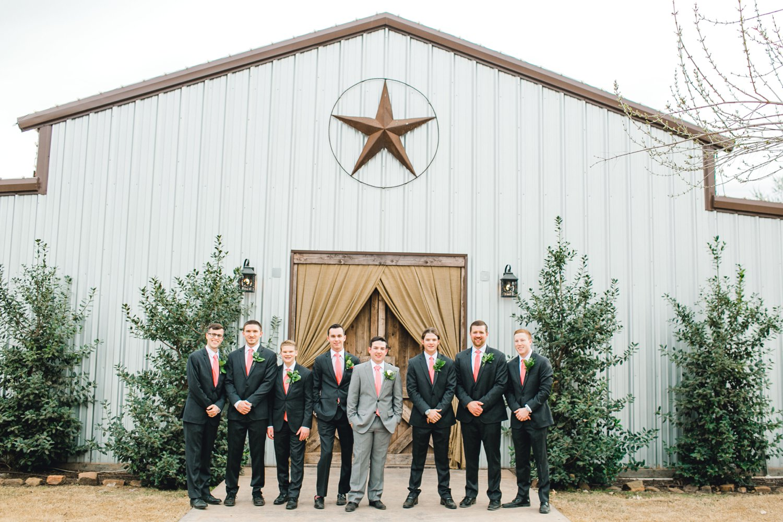 kayla-jacob-dow-cotton-creek-barn-lubbock-wedding-photographer-alleej0053.jpg