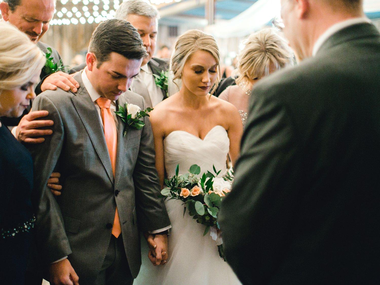 kayla-jacob-dow-cotton-creek-barn-lubbock-wedding-photographer-alleej0081.jpg