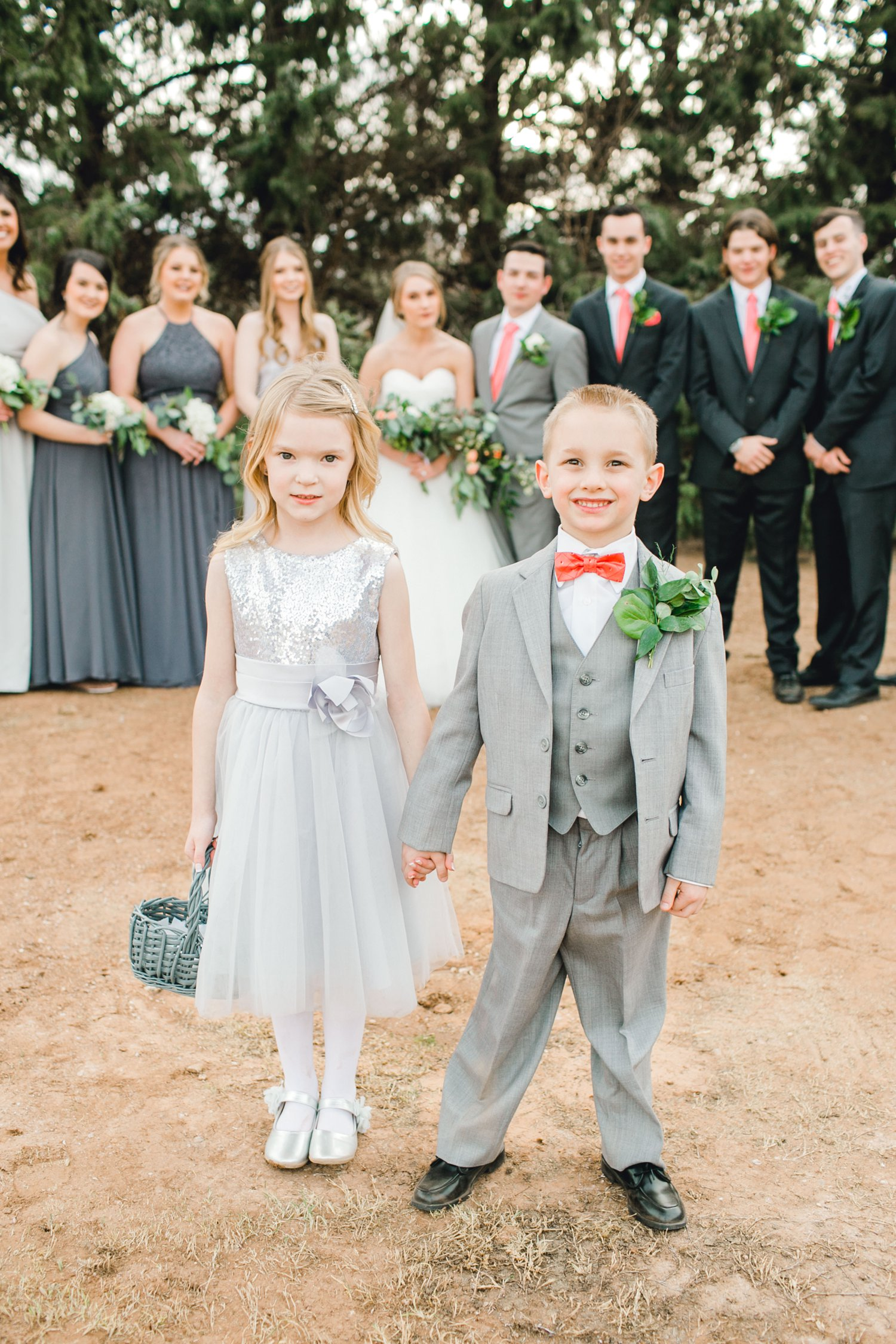 kayla-jacob-dow-cotton-creek-barn-lubbock-wedding-photographer-alleej0101.jpg