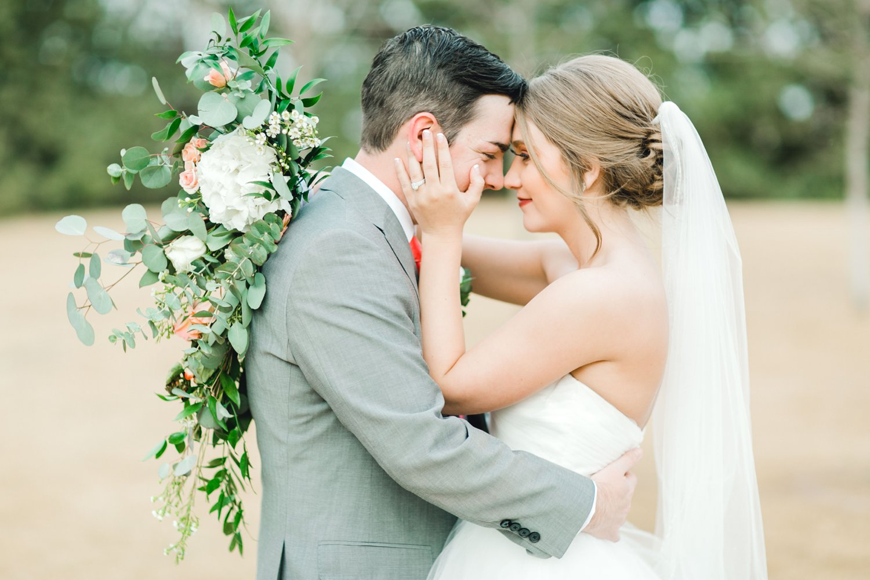 kayla-jacob-dow-cotton-creek-barn-lubbock-wedding-photographer-alleej0114.jpg