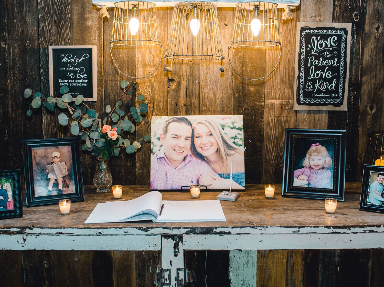 kayla-jacob-dow-cotton-creek-barn-lubbock-wedding-photographer-alleej0148.jpg