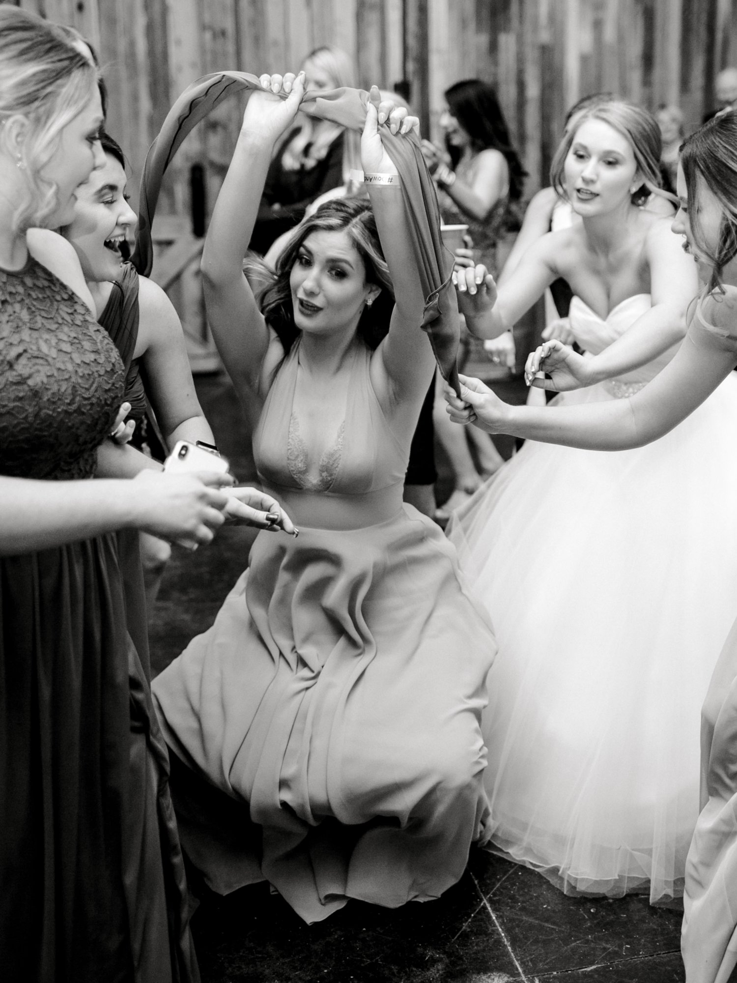 kayla-jacob-dow-cotton-creek-barn-lubbock-wedding-photographer-alleej0149.jpg