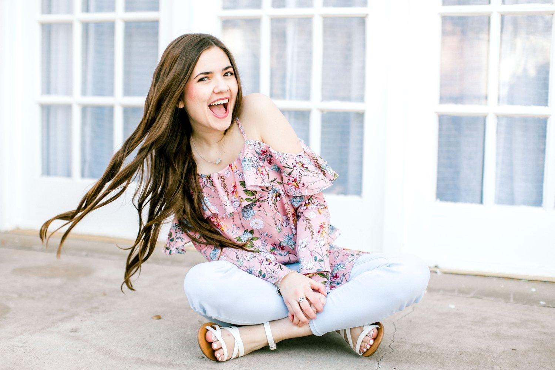 Emma-Stapleton-High-School-Senior-Photographer-Lubbock_0007.jpg