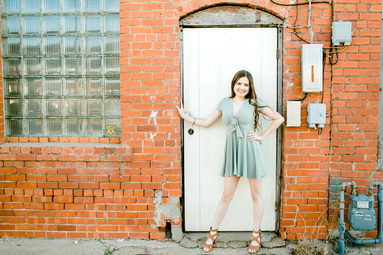 Emma-Stapleton-High-School-Senior-Photographer-Lubbock_0021.jpg