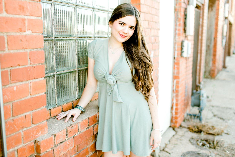 Emma-Stapleton-High-School-Senior-Photographer-Lubbock_0027.jpg