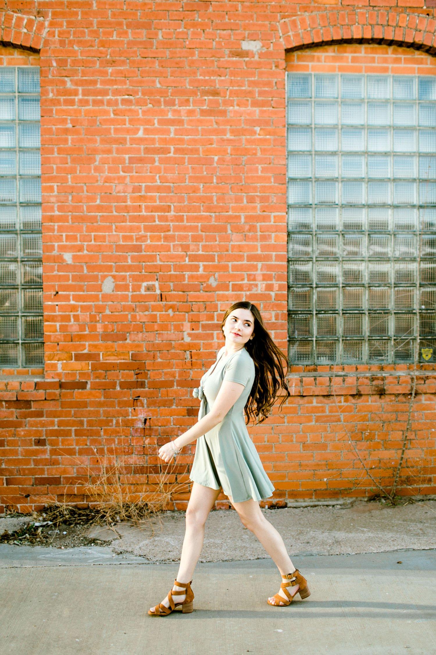 Emma-Stapleton-High-School-Senior-Photographer-Lubbock_0030.jpg