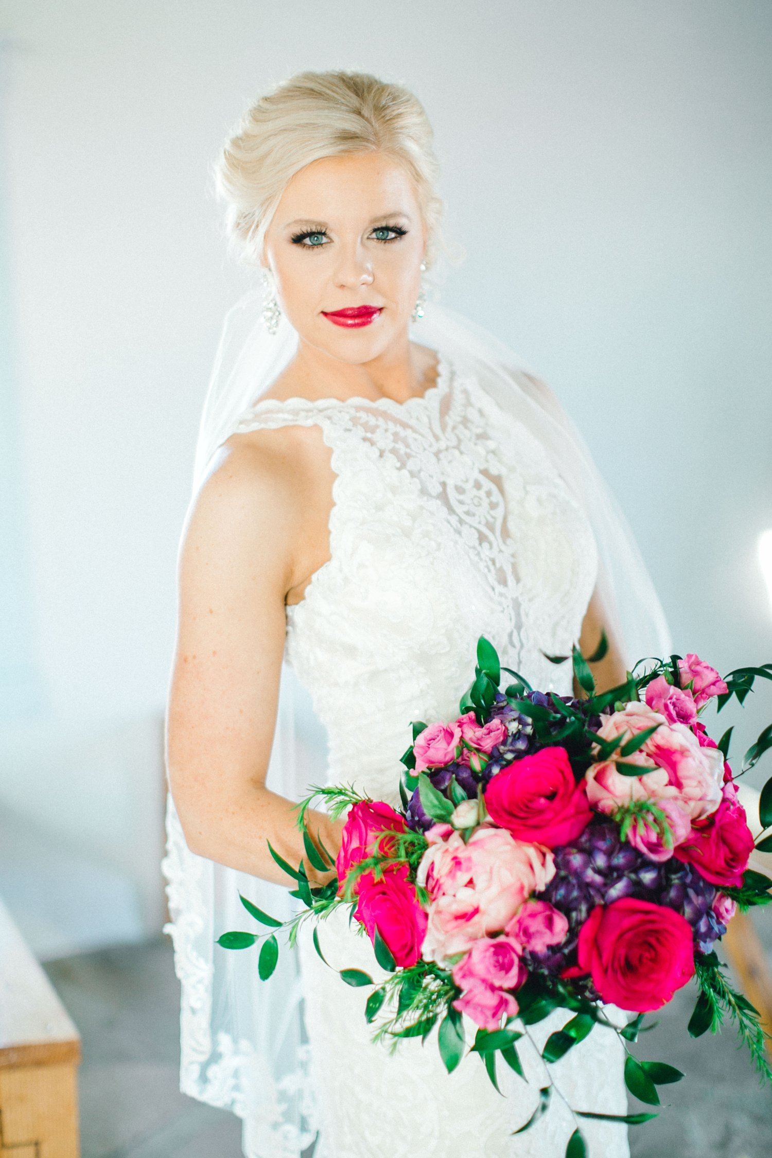 Jenna-evans-bridals-balmorhea-texas-fort-davis-wedding-photographer-lubbock-photographer__0033.jpg