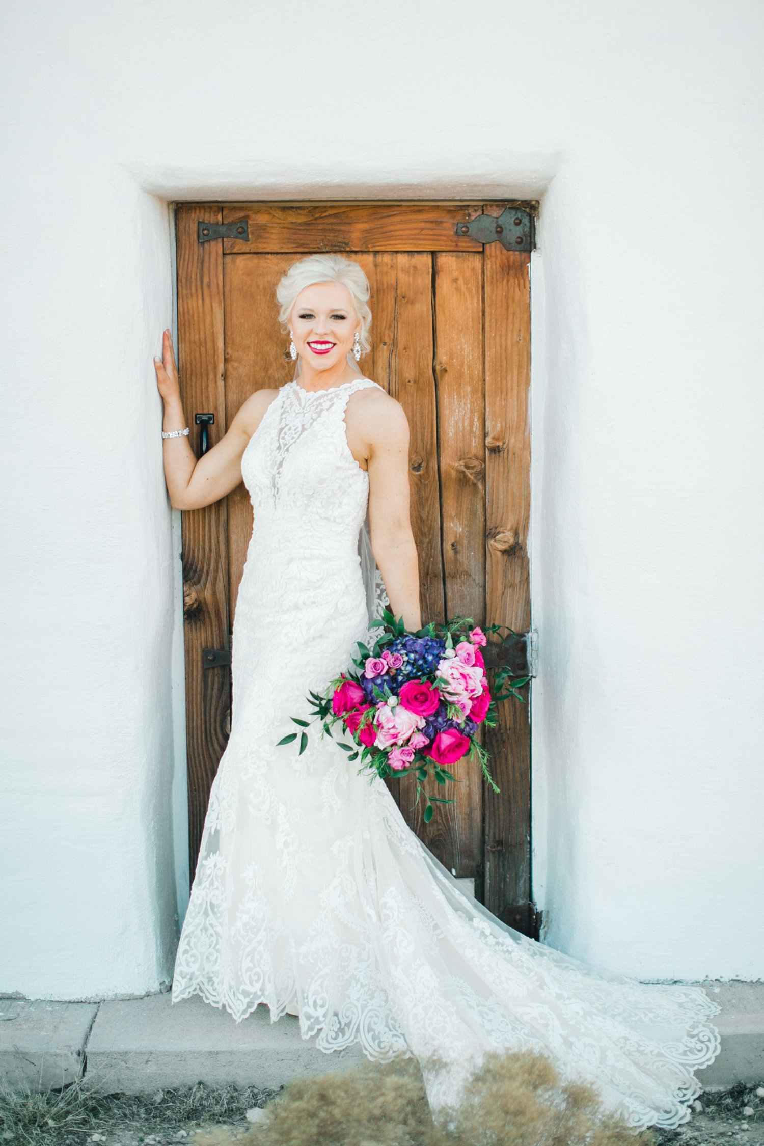 Jenna-evans-bridals-balmorhea-texas-fort-davis-wedding-photographer-lubbock-photographer__0044.jpg