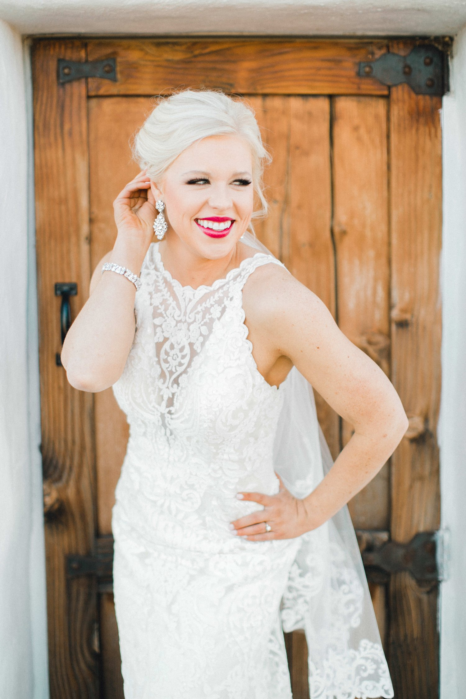 Jenna-evans-bridals-balmorhea-texas-fort-davis-wedding-photographer-lubbock-photographer__0045.jpg