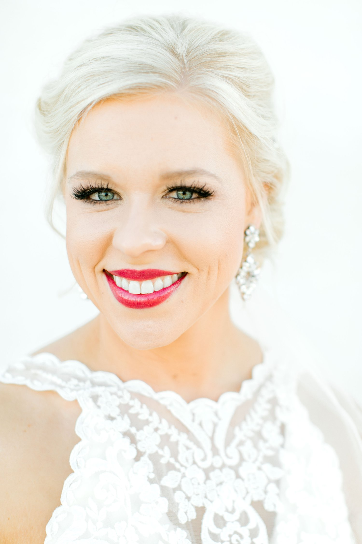 Jenna-evans-bridals-balmorhea-texas-fort-davis-wedding-photographer-lubbock-photographer__0052.jpg