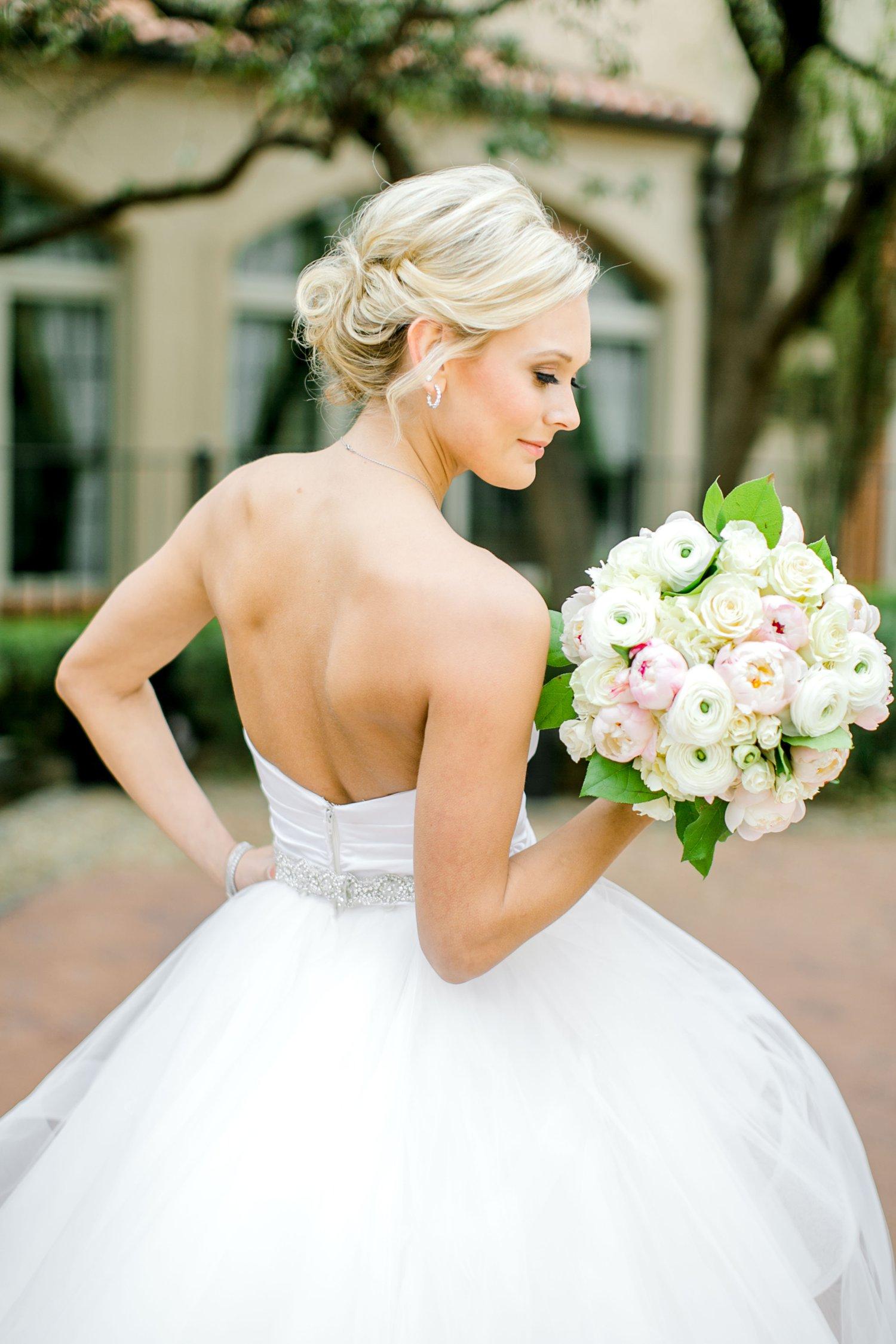 Taylor-Williams-Merket-Alumni-Center-Texas-Tech-Weddings-Lubbock-Photographer_0009.jpg