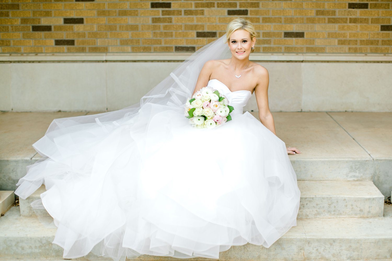 Taylor-Williams-Merket-Alumni-Center-Texas-Tech-Weddings-Lubbock-Photographer_0036.jpg