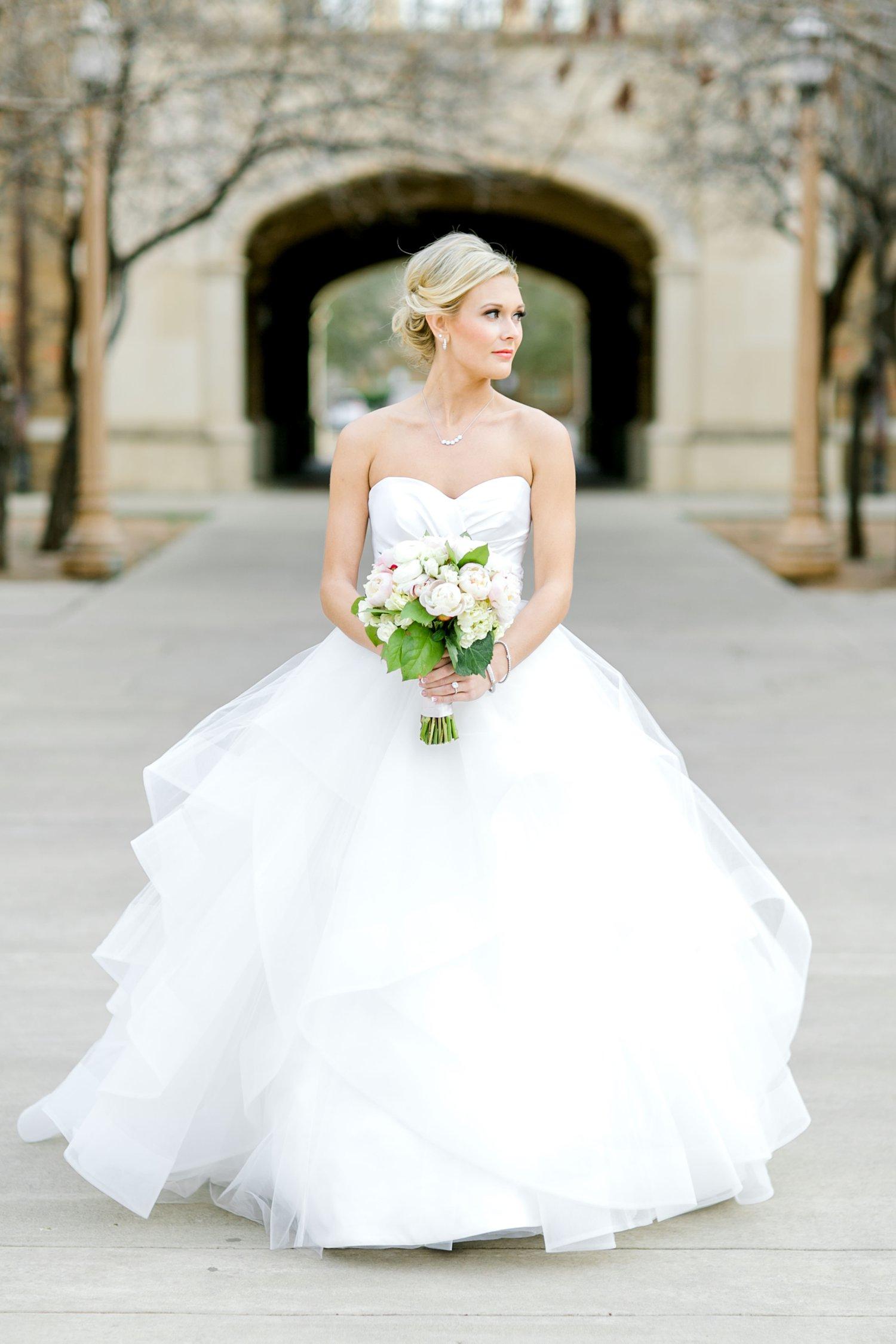 Taylor-Williams-Merket-Alumni-Center-Texas-Tech-Weddings-Lubbock-Photographer_0039.jpg
