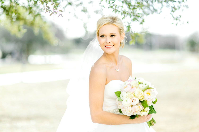 Taylor-Williams-Merket-Alumni-Center-Texas-Tech-Weddings-Lubbock-Photographer_0042.jpg