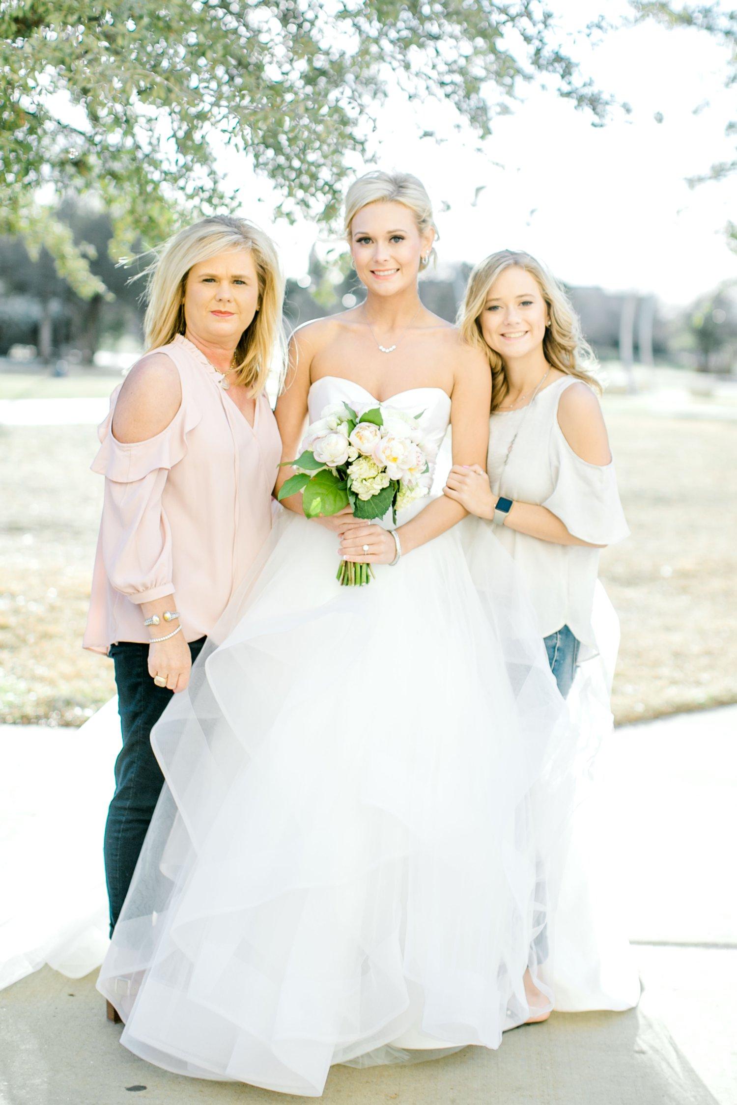 Taylor-Williams-Merket-Alumni-Center-Texas-Tech-Weddings-Lubbock-Photographer_0049.jpg