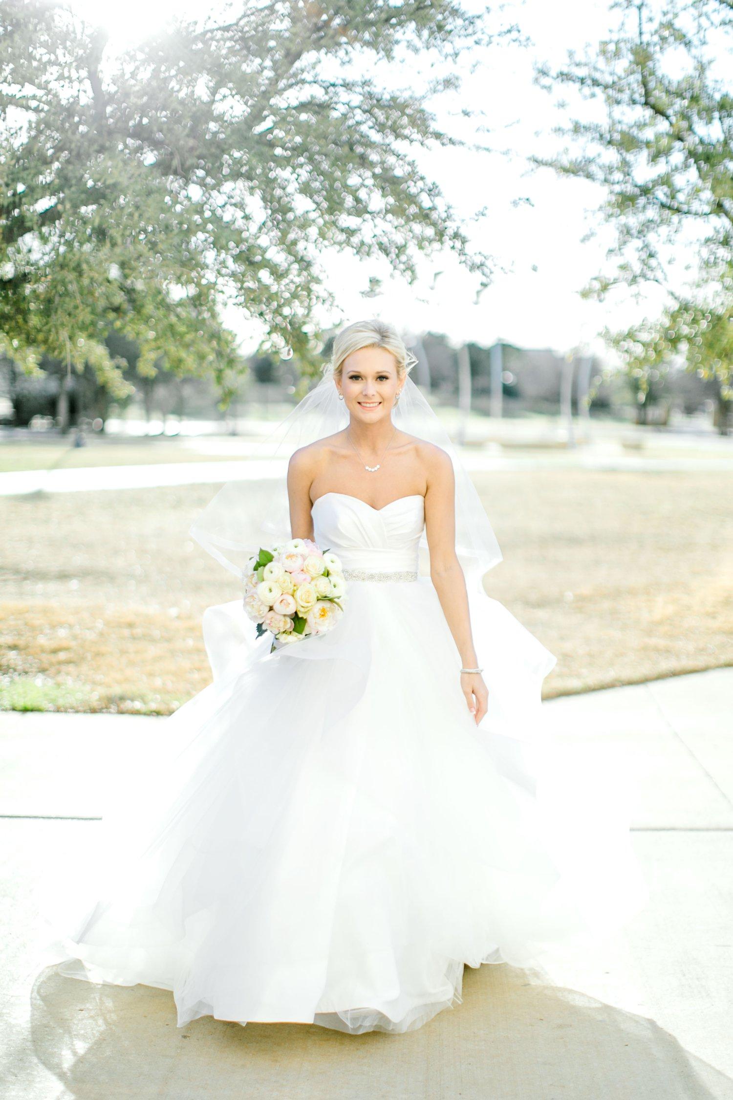 Taylor-Williams-Merket-Alumni-Center-Texas-Tech-Weddings-Lubbock-Photographer_0048.jpg