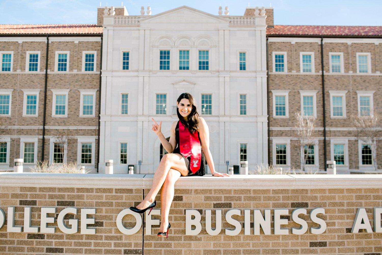 Anna-Becerra-Texas-Tech-University-lubbock-senior-photographer0001.jpg