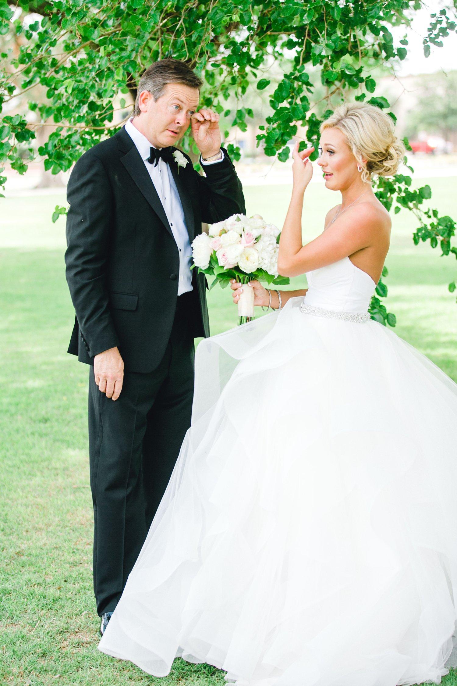 Taylor-and-Brock-Williams-Texas-Tech-University-Merket-Alumni-Center-Lubbock-Photographer-ALLEEJ0017.jpg