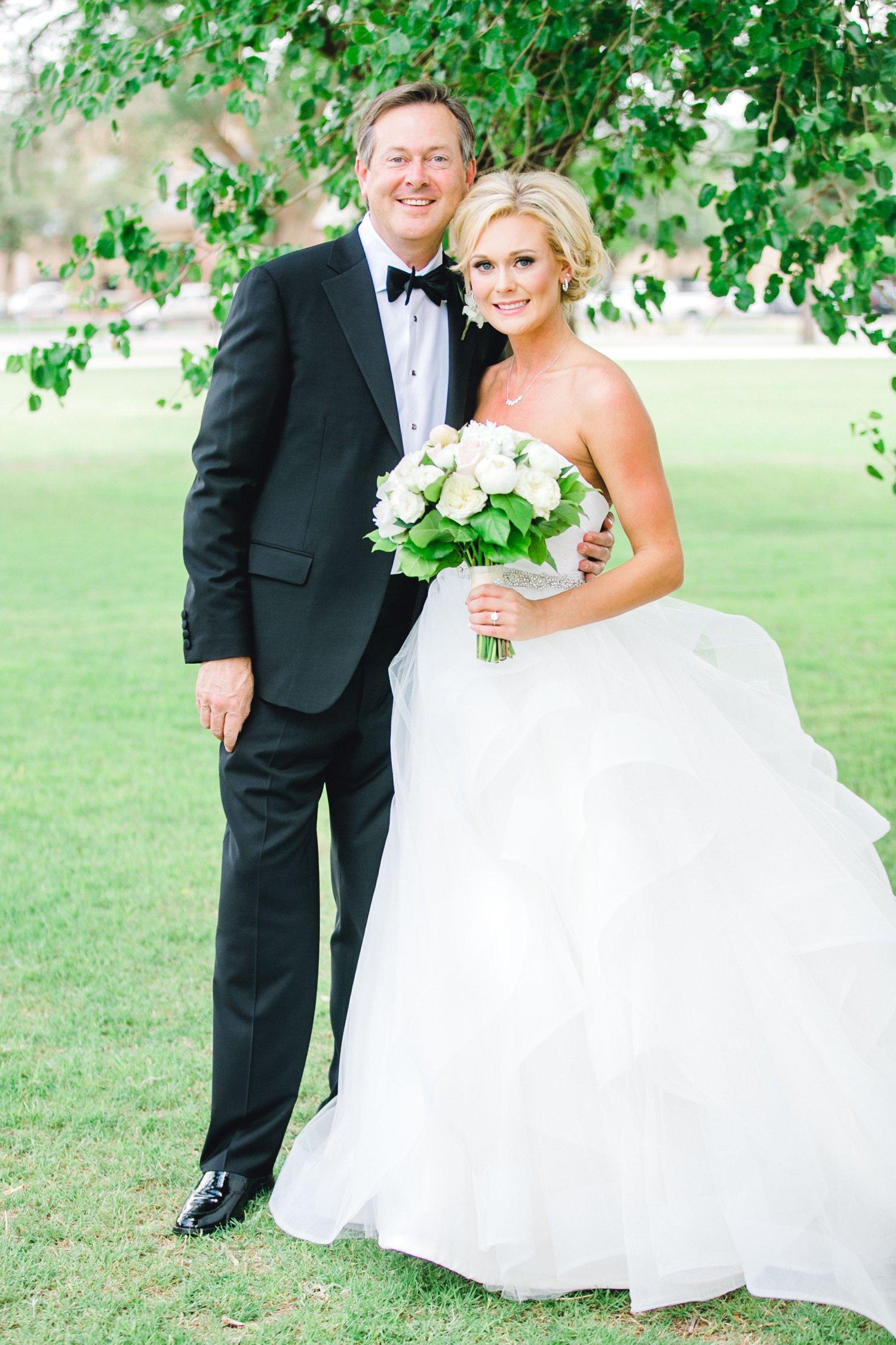Taylor-and-Brock-Williams-Texas-Tech-University-Merket-Alumni-Center-Lubbock-Photographer-ALLEEJ0023.jpg