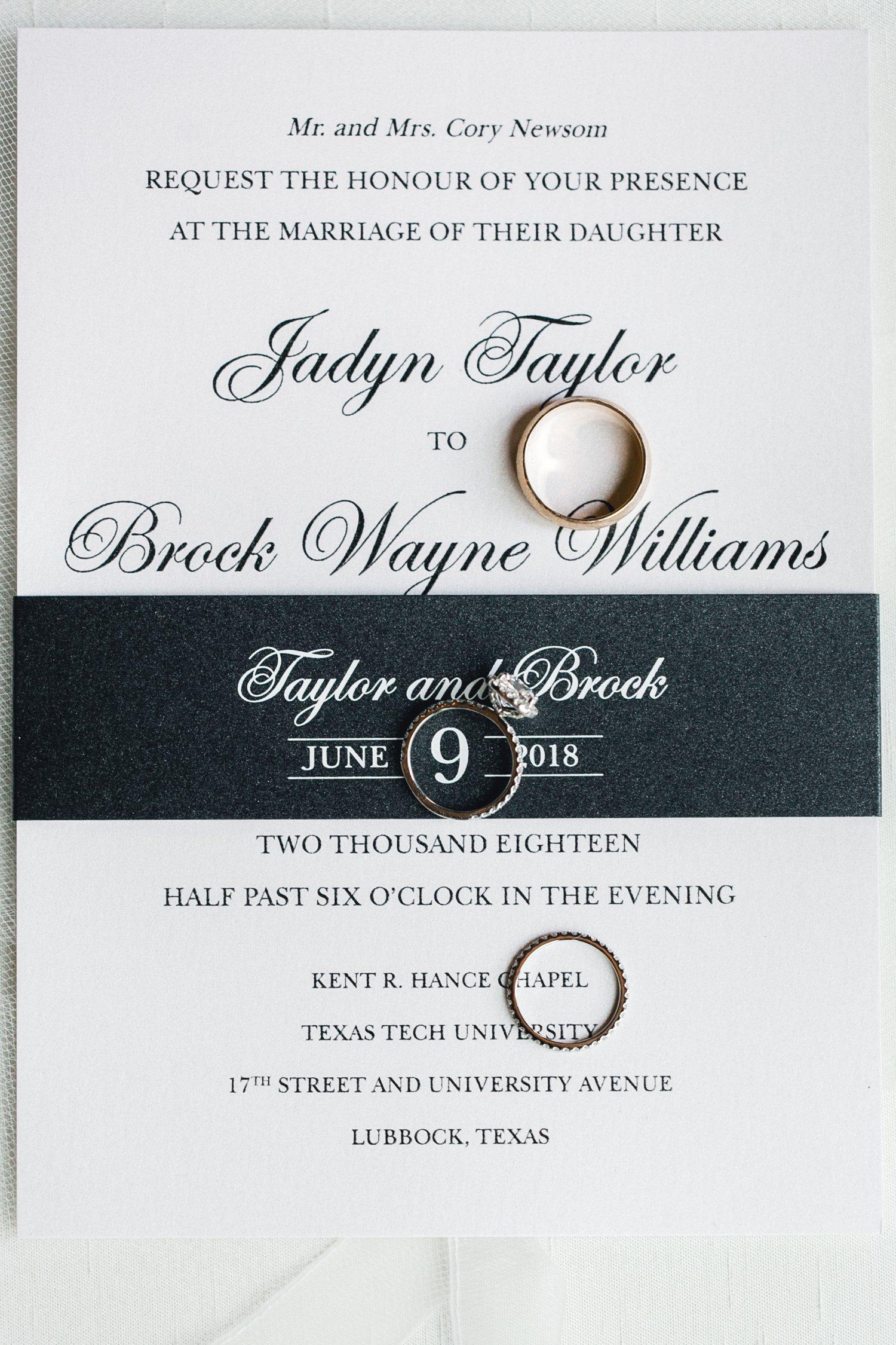 Taylor-and-Brock-Williams-Texas-Tech-University-Merket-Alumni-Center-Lubbock-Photographer-ALLEEJ0024.jpg