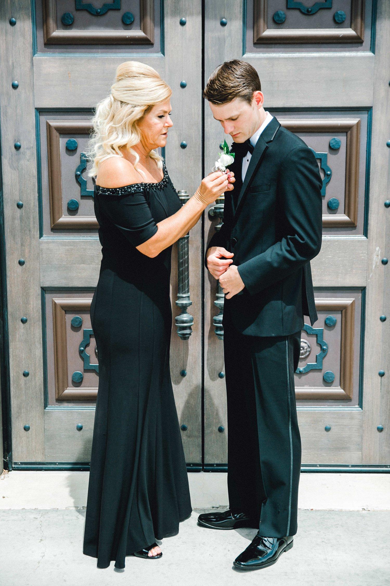 Taylor-and-Brock-Williams-Texas-Tech-University-Merket-Alumni-Center-Lubbock-Photographer-ALLEEJ0028.jpg