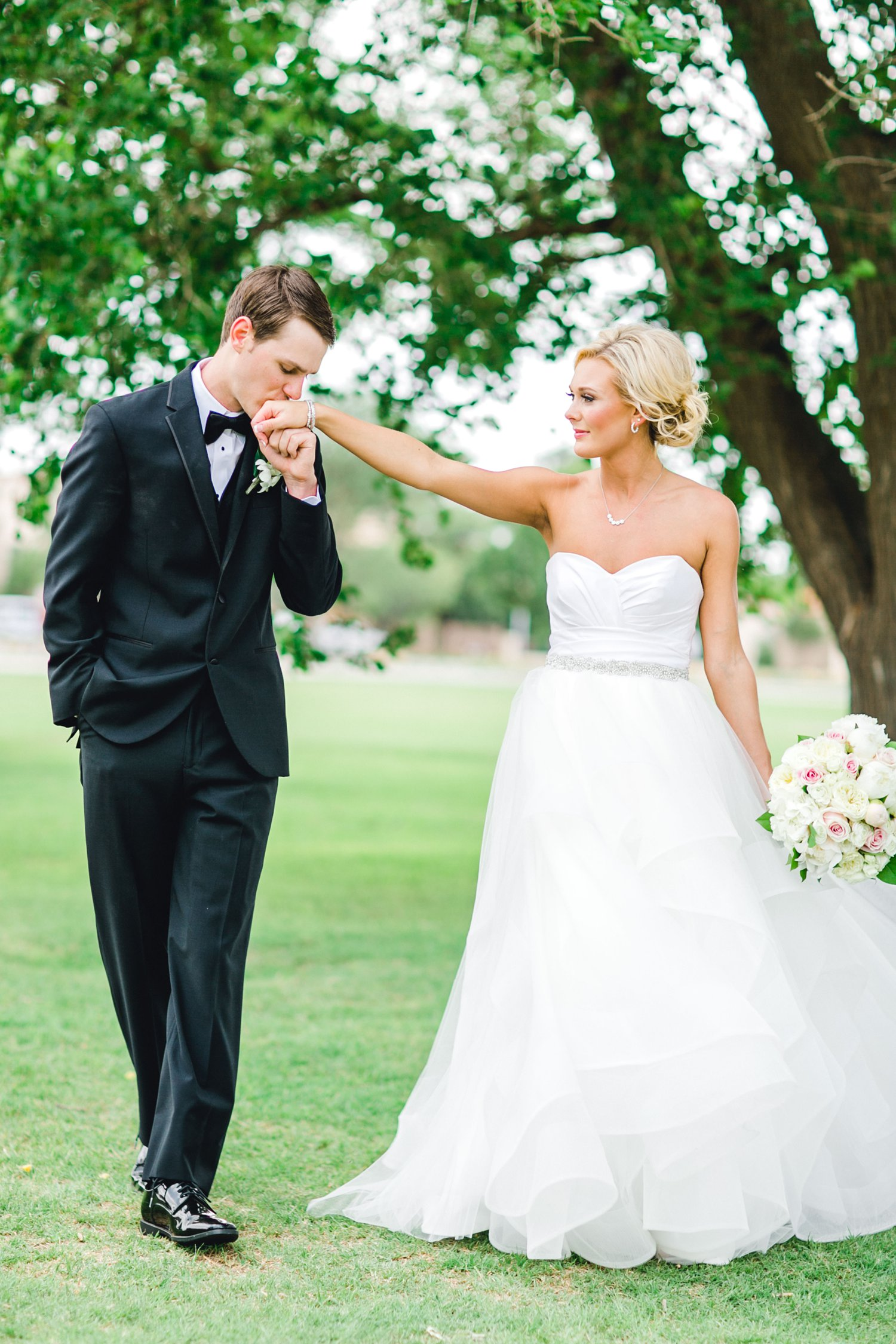 Taylor-and-Brock-Williams-Texas-Tech-University-Merket-Alumni-Center-Lubbock-Photographer-ALLEEJ0069.jpg