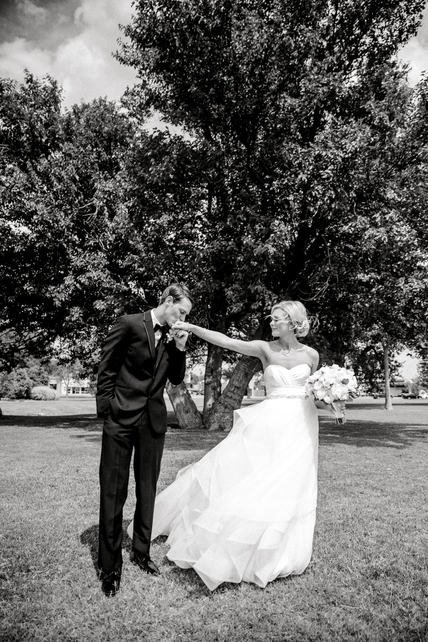 Taylor-and-Brock-Williams-Texas-Tech-University-Merket-Alumni-Center-Lubbock-Photographer-ALLEEJ0097.jpg